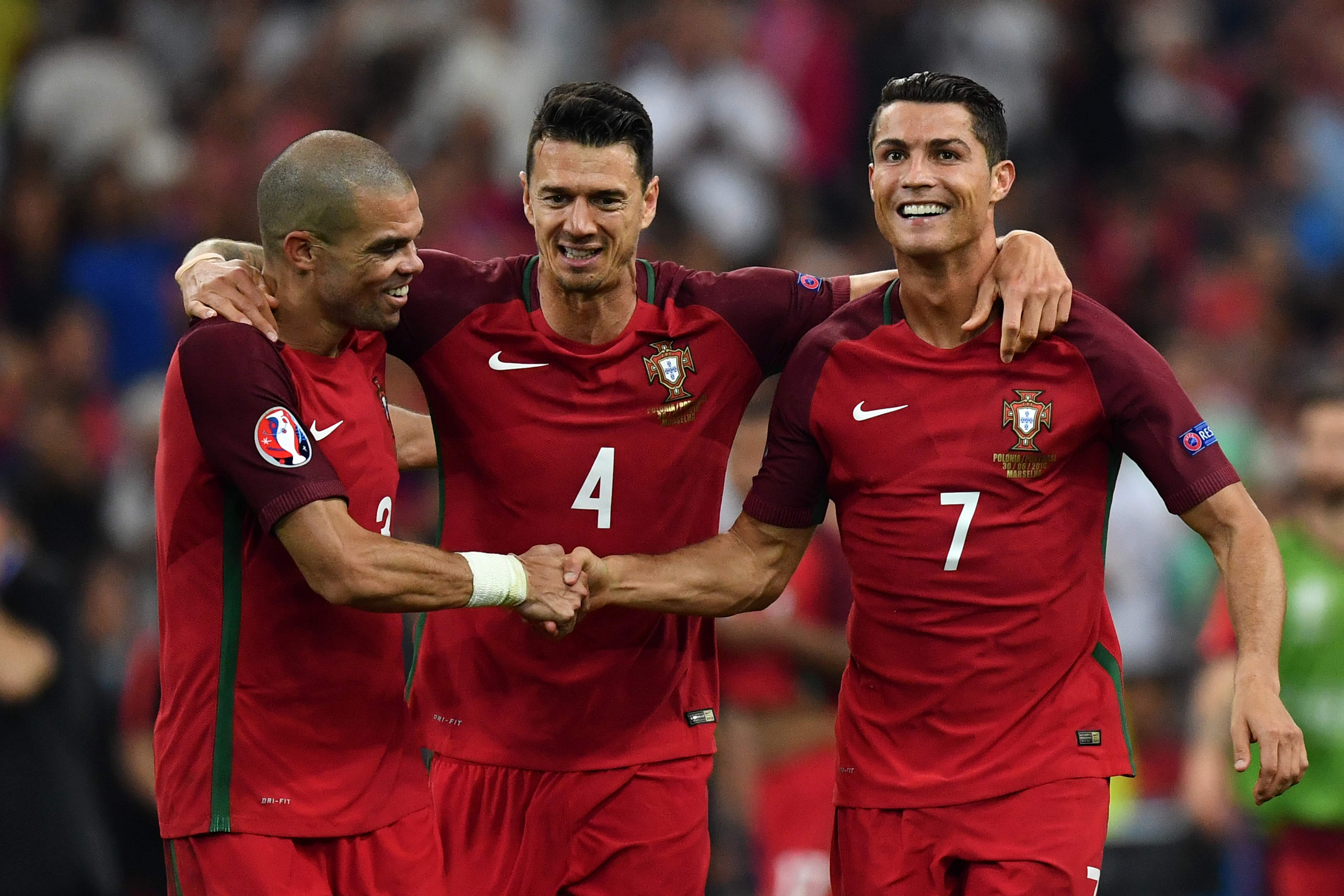 Pepe. Fonte ja Ronaldo tähistavad penaltiseeria võitu (Foto: AFP/Scanpix/LETA)