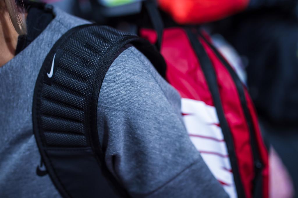 Õhkpatjadega sangad teevad koti kandmise mugavamaks