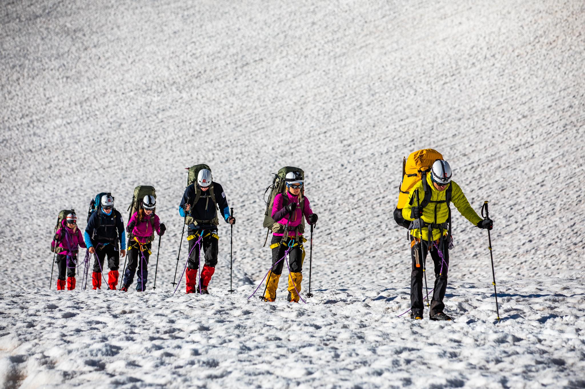Kui matkamisest saab alpinism ehk mängu tulevad liustikud ja köied