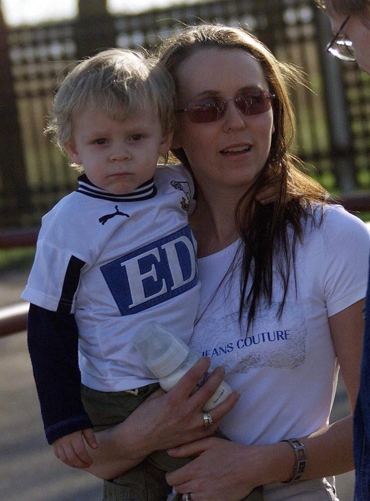 2-aastane Markus ja tema ema Lissel