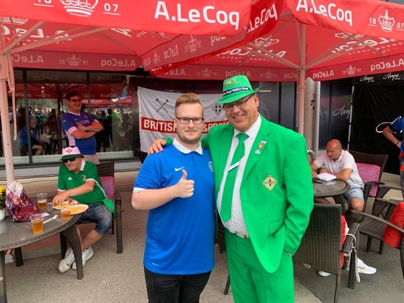 Heiti koos iiri fänniga