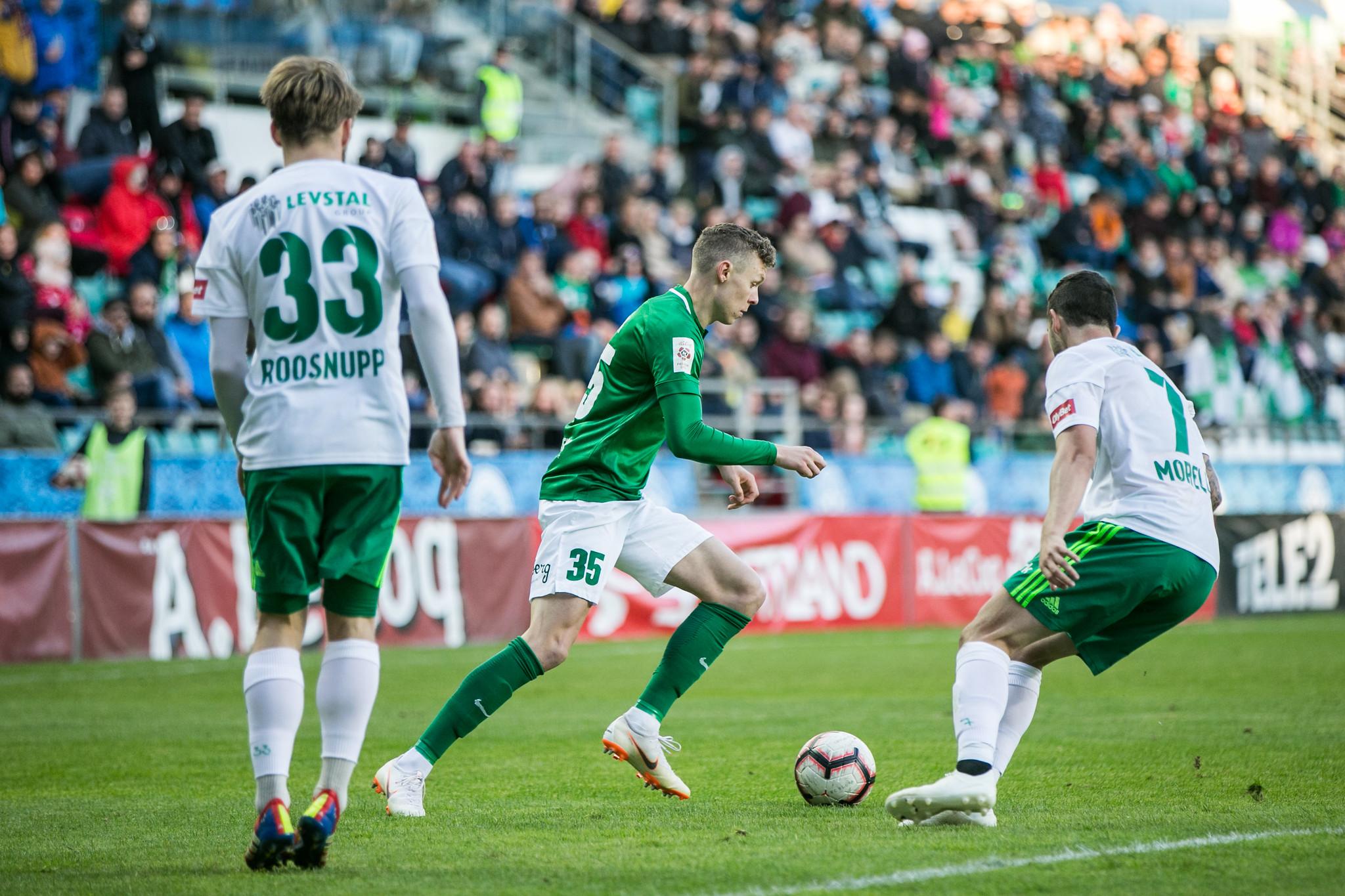 Markus Poom (nr 35) Foto: Brit Maria Tael / soccernet.ee